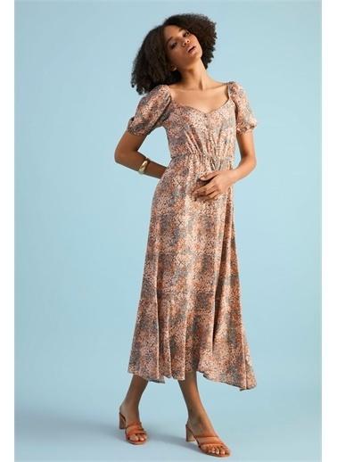 Z Giyim Kadın  Bej  Önü Düğmeli Geniş Yaka Elbise Somon